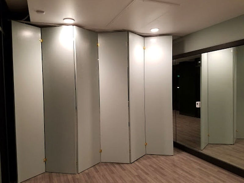Temporary Pressurized Wall Systems Room Parions Design